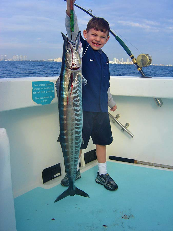 kid-fishing-wahoo